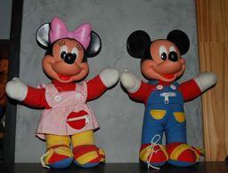 Poupée Mickey Et Minnie Hauteur 33 Cm Lire Descriptif Et Voir Images - Disney