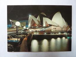 Sydney Opéra House Floodlit - Sydney
