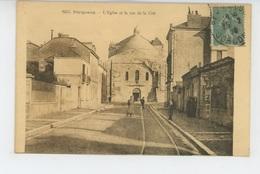 PERIGUEUX - L'Eglise Et La Rue De La Cité - Périgueux