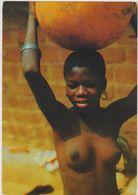 Jeune Africaine Au Travail,les Seins Nus,africa In Colors,a Young African,transport De L'eau,sex,nue,nu,nude - Somalie