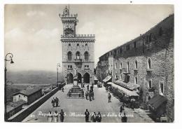 REPUBBLICA DI S.MARINO - PIAZZA DELLA LIBERTA'  - VIAGGIATA FG - San Marino