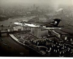 BLACKBURN  BUCCANEER  ROYAN NAVY HAWKER SIDDELEY   25 * 20 CM Aviation, AIRPLAIN, AVION AIRCRAFT - Aviación