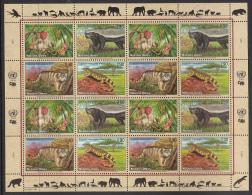 United Nations Geneva 2002 MNH Scott #389a Sheet Of 16 Uakari, Badger, Manul, Monitor - Office De Genève