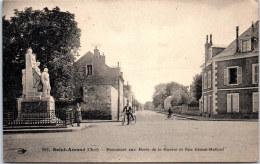 18 SAINT AMAND - Le Monument Aux Morts, Rue Ernest Mallard - Saint-Amand-Montrond