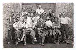 CPA  PHOTO   STALAG IV G---SACHSEN---ALLEMAGNE---GROUPE DE 22  PRISONNIERS---SERGENT CLARA GEORGES - War 1939-45