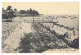 Cpa: 33 ANDERNOS LES BAINS (ar. Bordeaux) La Place Terrasse  N° 30 - Andernos-les-Bains