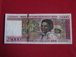 Madagascar - 25000 Francs 1998 Pick 82 Sign.5 - Ttb ! (CLVG190) - Madagascar