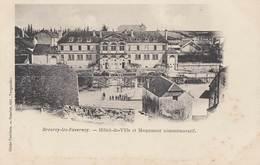 BREUREY-les-Faverney: Hôtel De Ville Et Monument Commémoratif - Altri Comuni