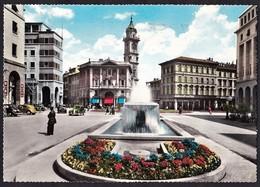 VARESE - LA FONTANA DI PIAZZA MONTE GRAPPA - F/G - V - ANIMATA - AUTO - Varese