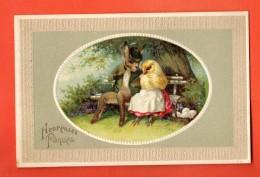 GBR-44 Joyeuses Pâques, Monsieur Lapin Et Madame Poule Sur Un Banc, Oeufs. Cachet 1910, Gaufré, Relief - Pascua