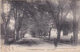 BERGERAC EN DORDOGNE  ROUTE D'AGEN  CPA  CIRCULEE PEU COMMUNE - Bergerac