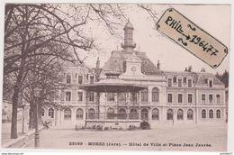 39 Morez - Cpa / Hôtel De Ville Et Place Jean Jaurès. - Morez