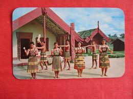 Poi Dance Ay Model PA  New Zealand   >ref 2908 - New Zealand