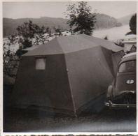 83Gt    Photo Originale Tacot Peugeot 203 Au Camping - Voitures De Tourisme