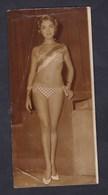 Photo Originale Miss Bordeaux 1960 Pin Up Maillot De Bain Robert Cohen Reportages Photo Rue Du Sentier Paris - Pin-up