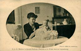 S.A.R.Grande Duchesse Charlotte Et Le Prince Jean De Luxembourg - Familles Royales
