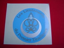 AUTOCOLLANT / 1ER REGIMENT DE TIRAILLEURS / LES LIEUTENANTS - Zonder Classificatie