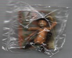 SHREK PORTE CLE LE CHAT POTTE..SHREK LE TROISIEME - Figurines