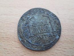 BP PIECE PUBLICITAIRE FIN 60's COPIES DE MONNAIES TRESOR DES MONNAIES ANCIENNES N°3 AUGUSTE SESTERCE 10 Av JC - Monedas Falsas