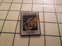 Pin1215c Pin's Pins / Beau Et Rare : SPORTS / JUDO CLUB DE THURE - Judo