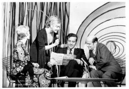 PHOTO  LINE RENAUD  NICOLE CROISILLE ET JEAN YANNE FORMAT  18 X 12 CM - Célébrités