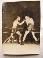 Photo Photographie Originale Annotée Au Dos Boxe Boxeur Ray Sugar Robinson Jimmy Doyle Titre Mondial Welters 1-07-1947 - Sports