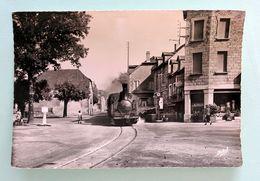 Cpsm Tramway N°7 Des T.C Marcillac La Croisille Pompe Essence Azur Film Lumière Coll C.Schnabel - Tramways
