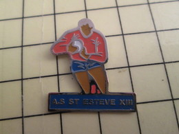 Pin1315a Pin's Pins / Beau Et Rare : SPORTS /  RUGBY A XIII A.S. ST ESTEVE Mc Queen ? - Rugby