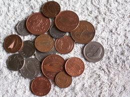VRAC MONNAIES IRLANDE  - 85 GRAMMES  - Tous états  - Tous Métaux - Monete & Banconote