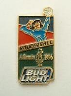 PIN'S  VOLLEYBALL - J.O ATLANTA 96 - BUD LIGHT - Volleyball