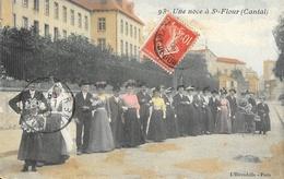 Une Noce à St Saint-Flour (Cantal) - Edition L'Hirondelle - Carte Colorisée N° 93 - Marriages