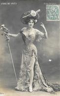 Folies Bergère: Liane De Vriès - Photo Walery - Carte N° 2076 - Entertainers