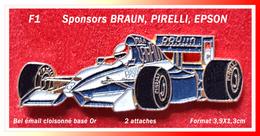 SUPER PIN'S AUTOMOBILE F1, Pneumatiques Sponsor PIRELLI, BRAUN Et EPSON, 2 Attaches, émail Cloisonné Base Or, 3,9X1,3cm - F1