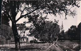 PISSELOUP CHÂTEAU DE CHAUMONDEL (1963) - Autres Communes