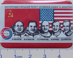 287-1 Space Russian Badge Button Pin Soyuz-Apollo - Space