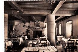 Latour D'Auvergne. Hôtel De La Terrasse. Intérieur De La Salle à Manger. - Otros Municipios