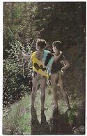 CPA   1900/1910  D'origine Deux Jeunes Garcons Nus Se Baladant Cape En Fourrure Dans La Nature Boysl Nude - Szenen & Landschaften