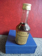 MIGNONNETTE COGNAC HENNESSY Fine Champagne V.S.O.P 40% 0,029 L - Miniatures