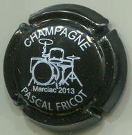 CAPSULE-CHAMPAGNE FRICOT Pascal N°23 2013 Noir & Blanc - Champagnerdeckel