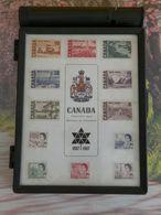 Petit Matériel 22 X 15cm > La Boite à Timbres Du Facteur Canadien Centenaire 1867-1967 - Otros Materiales