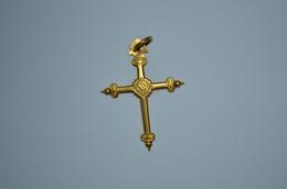 Croix Ancienne Plaquée Or - Religión & Esoterismo
