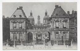 LYON - N° 20 - L' HOTEL DE VILLE - FACADE DE LA PLACE DE LA COMEDIE - CPA NON VOYAGEE - Lyon