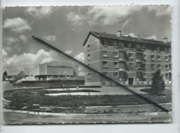 CPSM Grand Format - Yvetot  - (Seine.Maritime ) -Le Palais Des Vinkings Et La Résidence - Yvetot