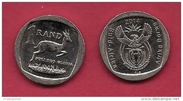 SOUTH AFRICA, 2014, Nicely  Circulated Coin Of 1 Rand ,  C1482 - South Africa