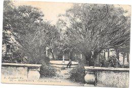 MONTRIEUX - 83 - Cour De L'Hotellerie - ROUIL2 - - Altri Comuni