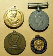 4 Diverse Medals - Autres Collections