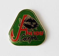 Pin's Pêche Carpe Anjou - A0 - Badges