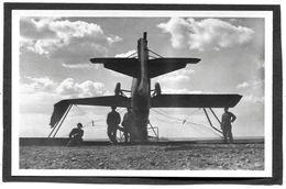 CPA - ISTRES AVIATION - Méfait Du Mistral - Avion Planté Au Sol, Animé - 1919-1938: Between Wars
