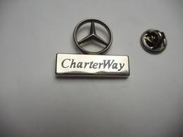Superbe Pin's En Relief , Auto Mercédés , CharterWay , Signé Sofrec - Mercedes