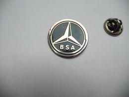 Beau Pin's  , Auto Mercédés , BSA - Mercedes